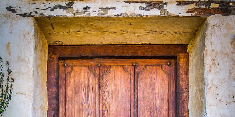 Louver Doors Let Storage Breathe
